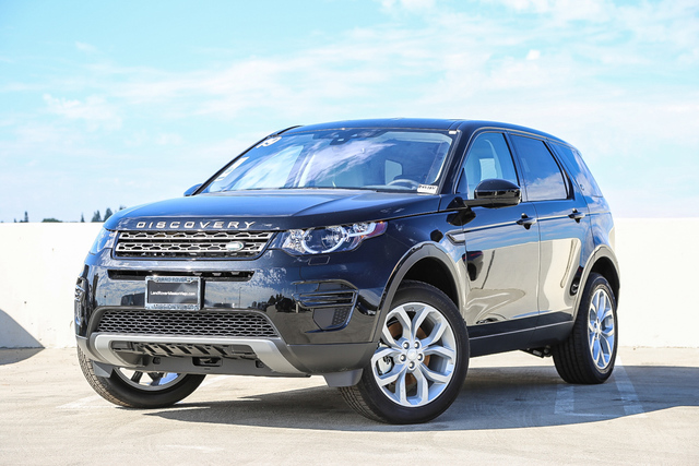 New 2019 Land Rover Discovery Sport SE 4WD With Navigation & 4WD