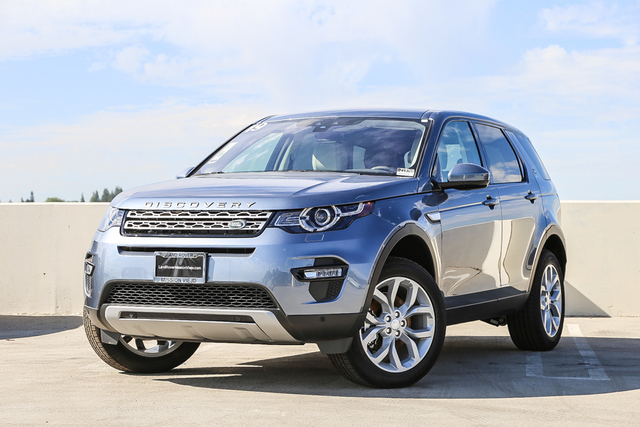 New 2019 Land Rover Discovery Sport HSE 4WD With Navigation & 4WD